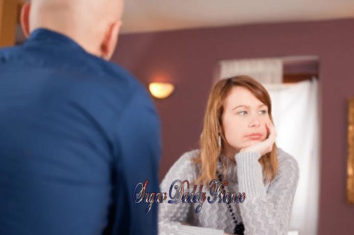 fille s'ennuie avec un homme